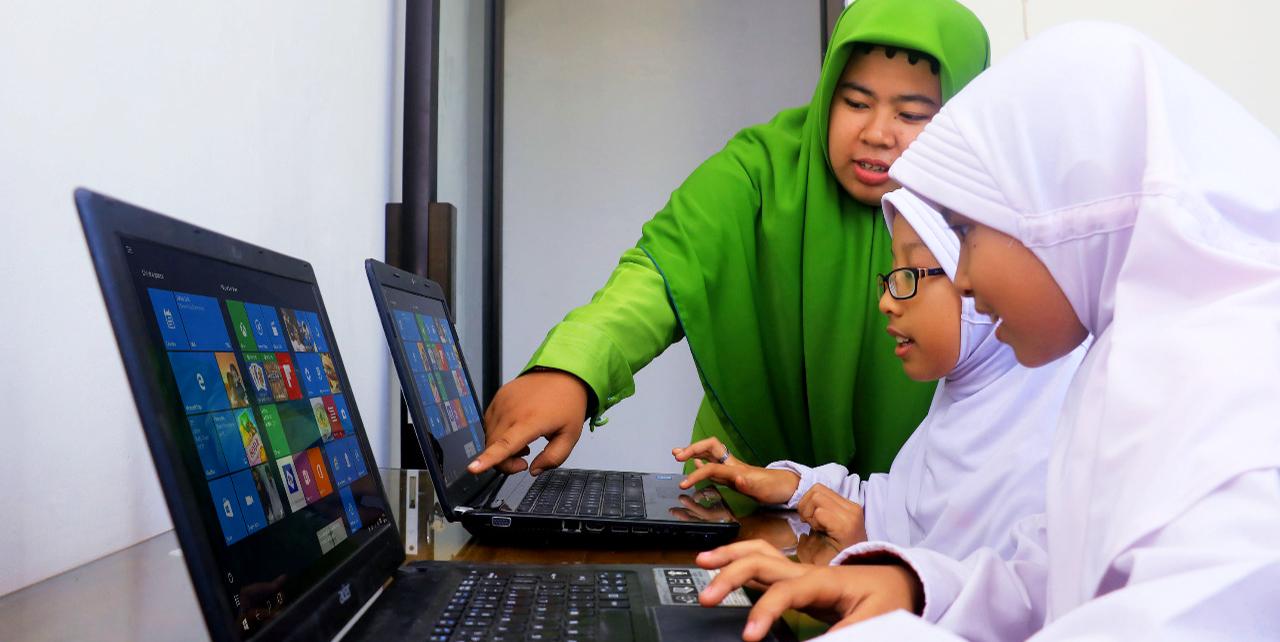 Revolusi Pembelajaran Berbasis Digital